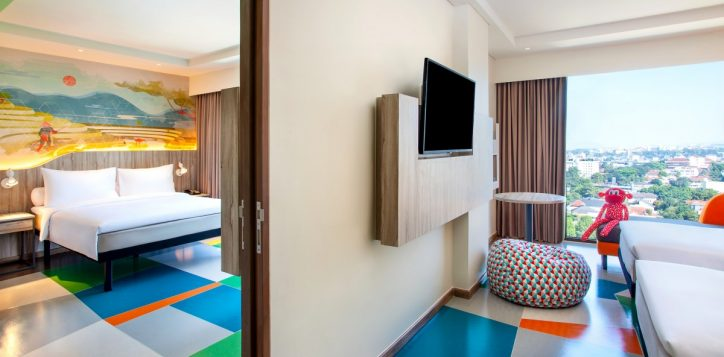 ibis-style-bandung-family-room