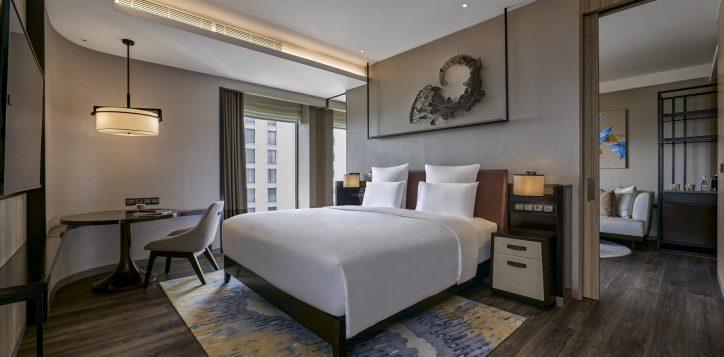 pullman-suite-bedroom