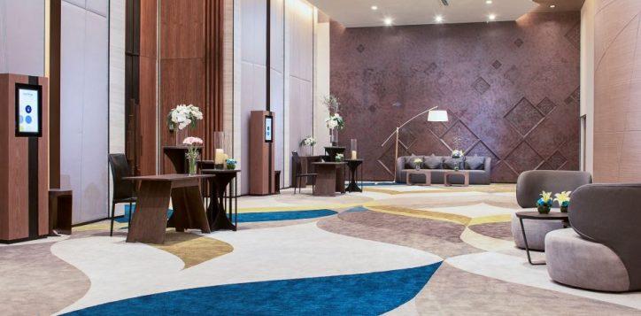 ballroom-foyer-2-2