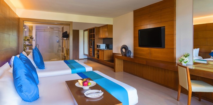 superior-room-with-2-double-beds