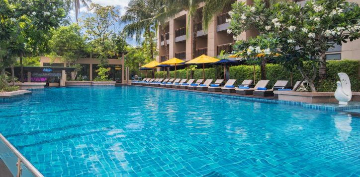 p5-thai-bliss-wedding-package-3-novotel-phuket-kata-avista