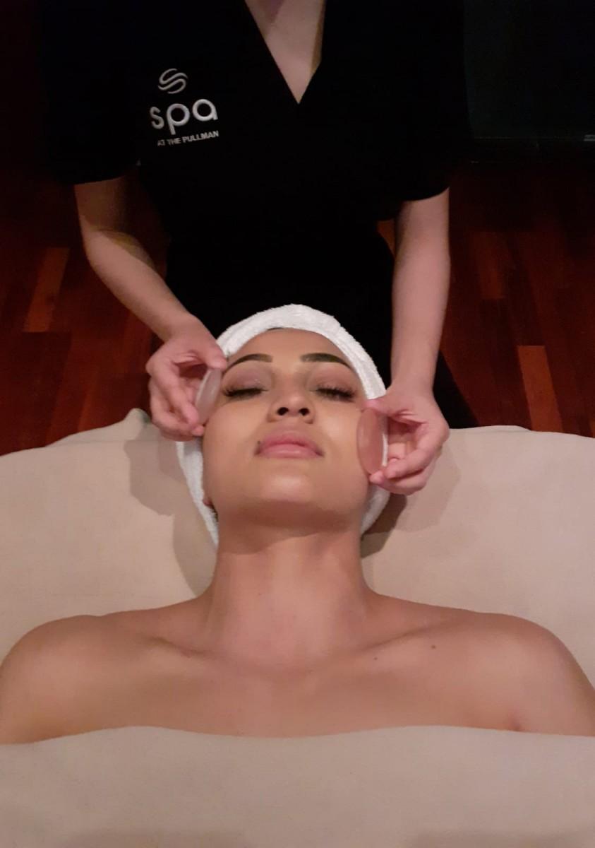 Treatment add-on: De-Stress Eye Treatment