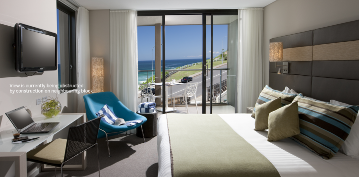 superior-balcony-room-novotel-newcastle-beach-with-text-2