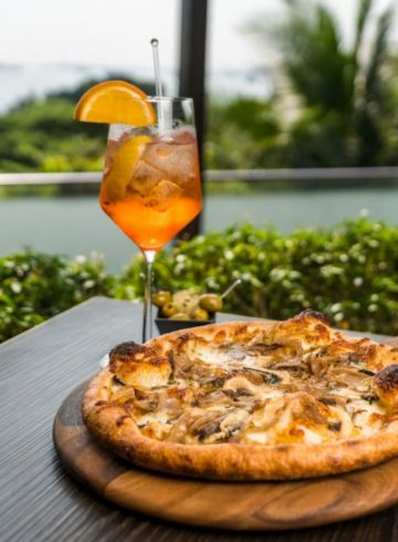 sundown-special-pizza-spritz-by-the-cliff