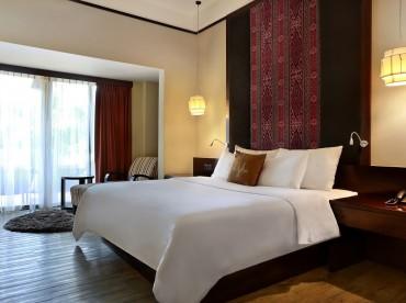 deluxe-terrace-family-room