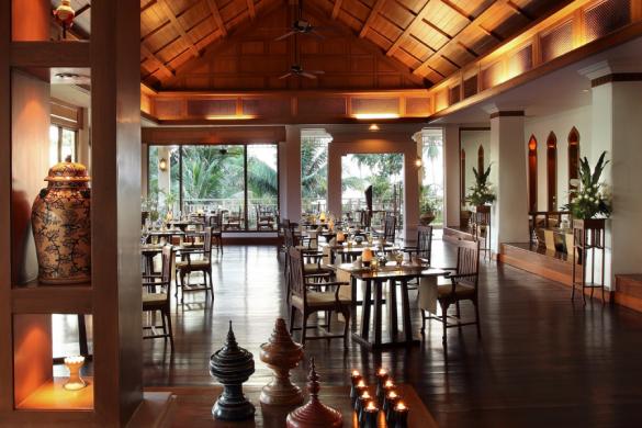 white-lotus-restaurant