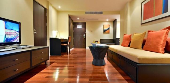 4-suite