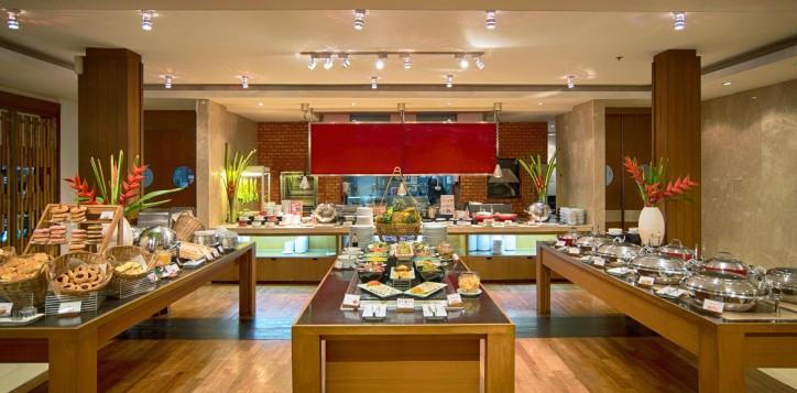 phuket-restaurant-asia-alive-2-3