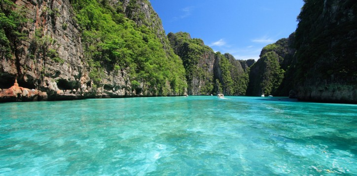 sun-and-sea-phi-phi-island-tour-2