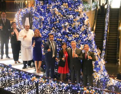 sofitel-philippine-plaza-manila-celebrates-art-de-noel-featuring-the-enchanted-journey