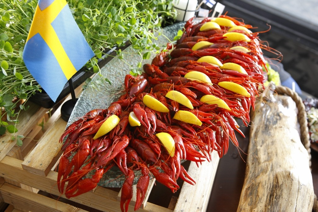 the-vikings-are-coming-experience-a-unique-nordic-tradition-with-the-crayfish-party-2018