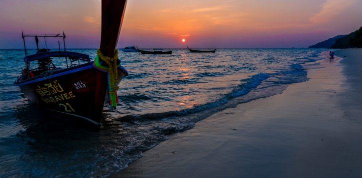 phi-phi-island-sunrise