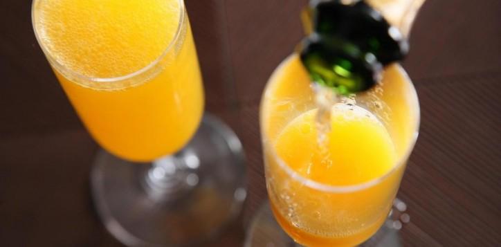 mimosa-breakfast