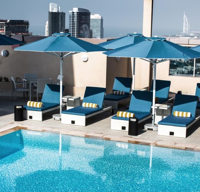 serenity-pool-bar