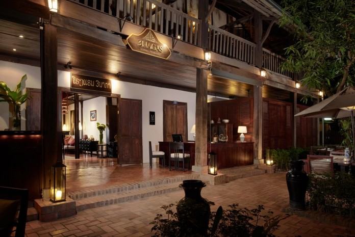 3-nagas-luang-prabang-mgallery-by-sofitel-coffee-shop-interior