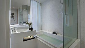 SO Comfy Metal Element Room Park View Bathroom Bangkok - SO Sofitel Bangkok