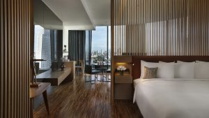 SO Studio Wood Element City View Suite Bangkok - SO Sofitel Bangkok