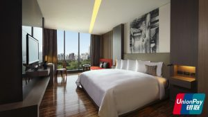 SO Comfy Wood Element Park View Room Bangkok Union Pay - SO Sofitel Bangkok