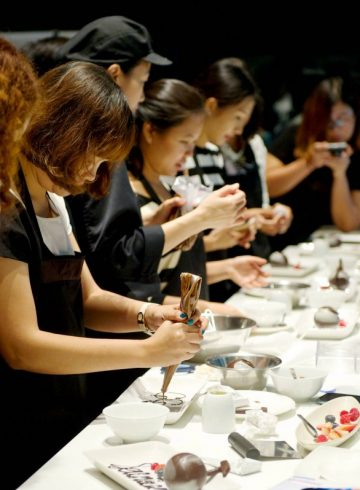 chocolate-cooking-class