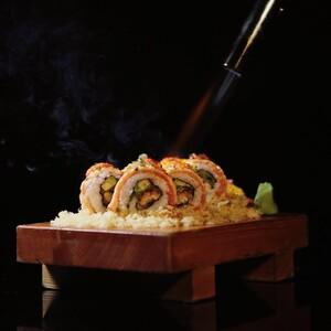 Japanese Restaurant Bangkok – Sushi Roll