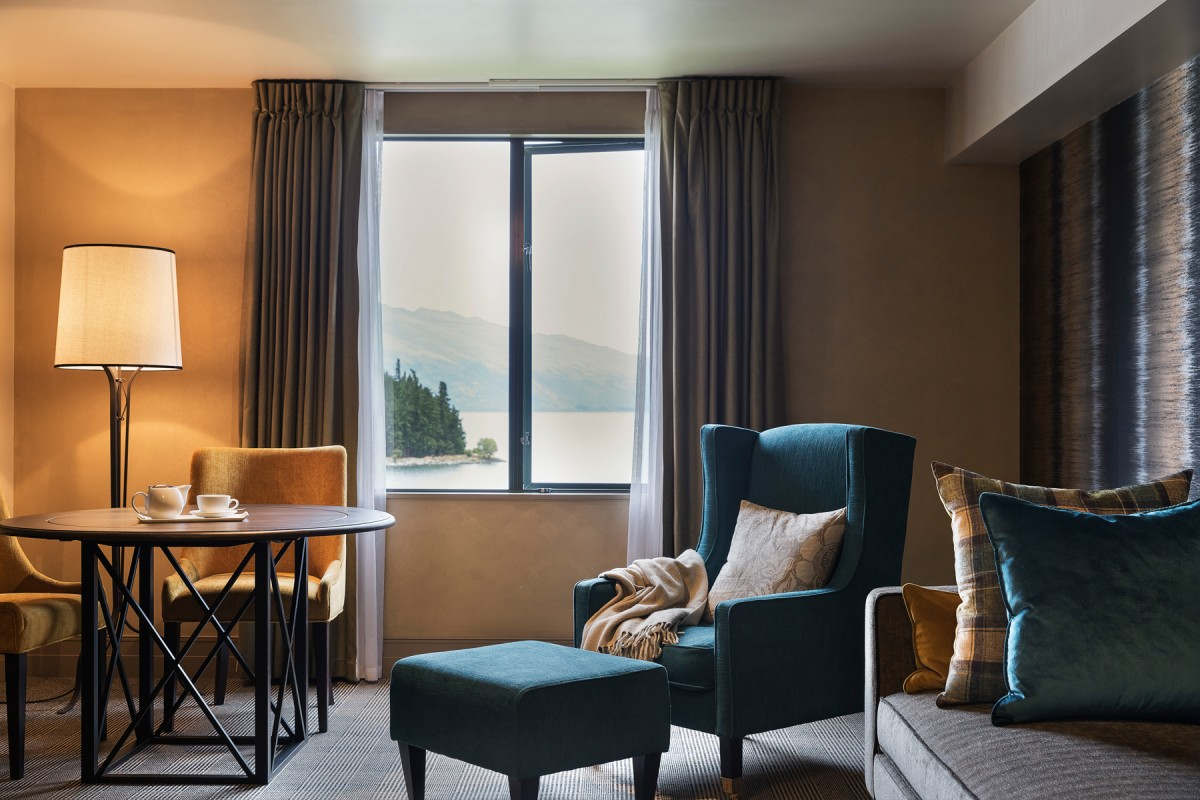 one-bedroom-alpine-suite-lake-view