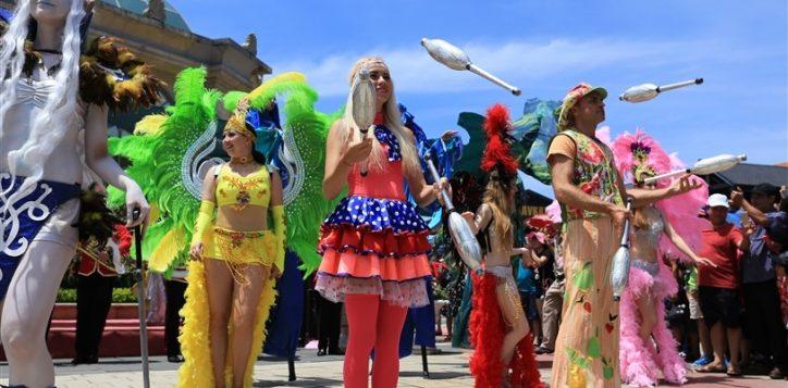 carnival-ba-na-hills-17-1485169135484