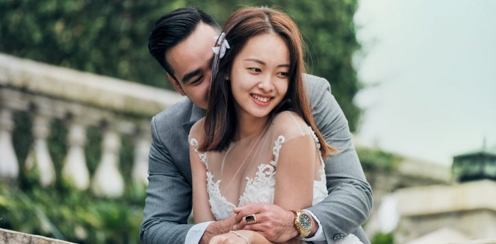 wedding-couple-outdoor-1