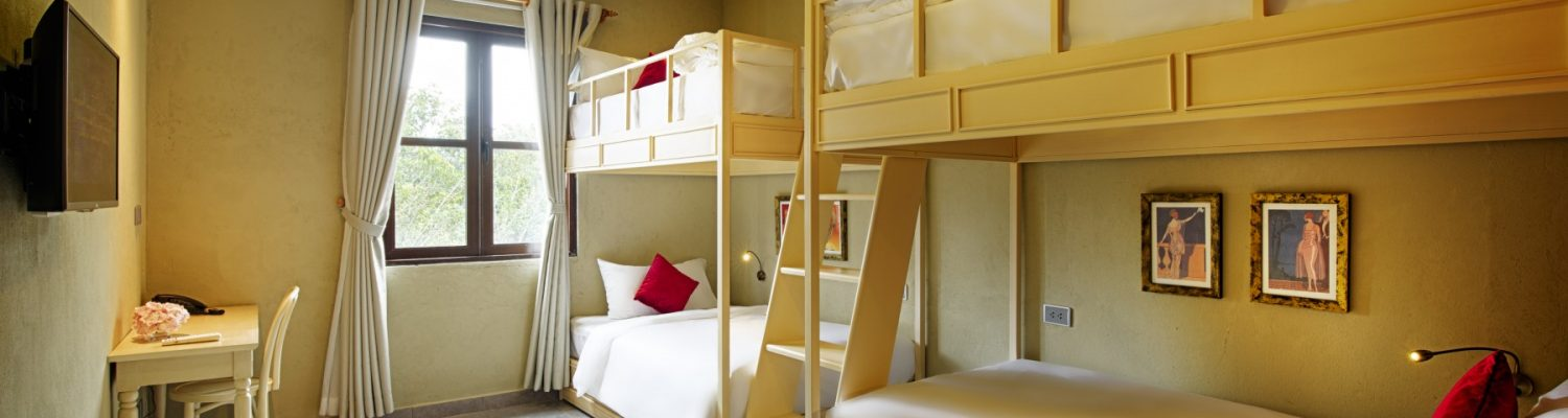 phong-family-bunks