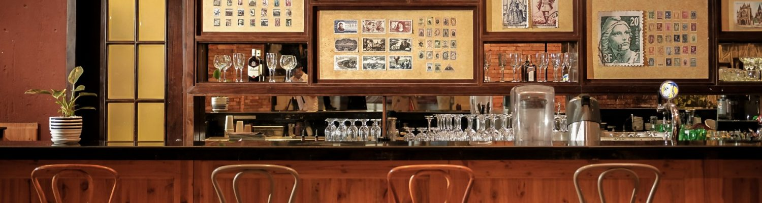 cafe-postal-bar-counter