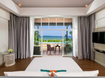 pool-villa-with-andaman-sea-view