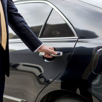 limousine-shuttle-services