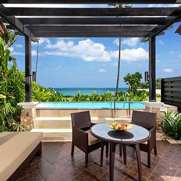 Pool villa beachfront phuket