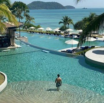 resize-to-360x360_seaside-pool2