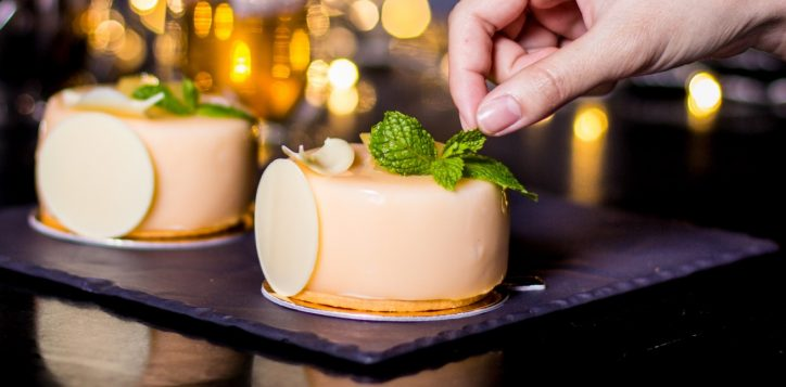 pear-creamy-with-exotic-fruit