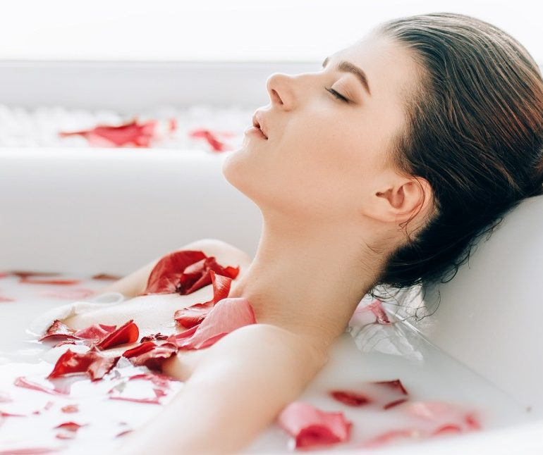 romantic-rose-spa-package