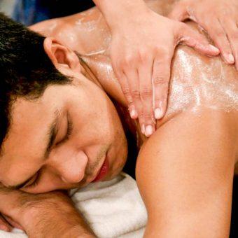 aloe-vera-massage