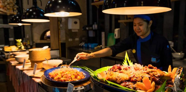 thai-night-buffet