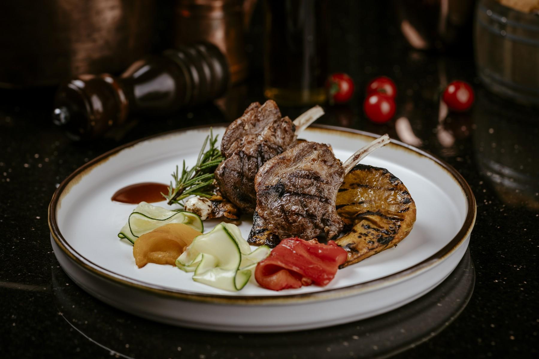 Italian Restaurant Bangkok [Medici Kitchen & Bar] Hotel Muse