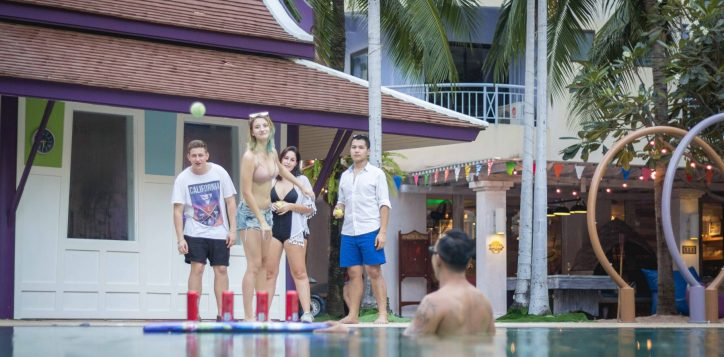 aqua-pool-bar-club-mercure-pattaya-hotel-142-2
