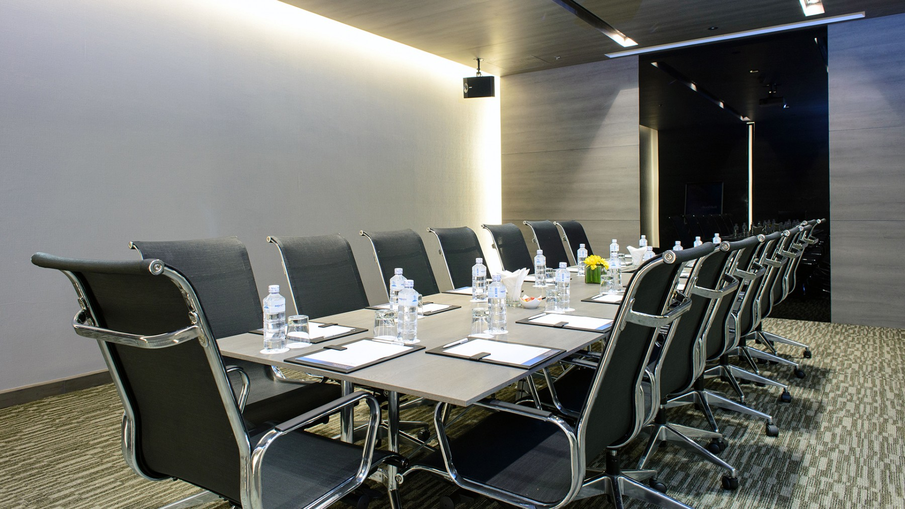meeting-event-room-capacity