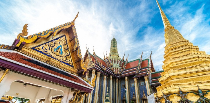 01-grand-palace-the-emerald-buddha