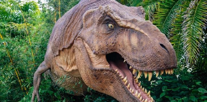 24-dinosaur-planet