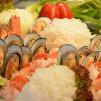 weekend-seafood-brunch-buffet