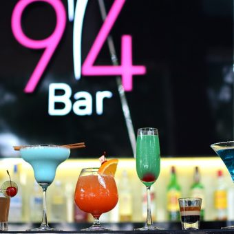 94-bar-happy-hour