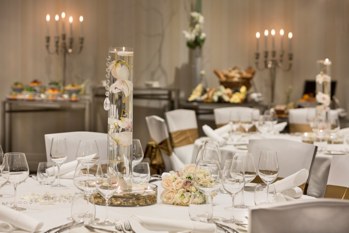La-Galerie-Wedding-Setting1.jpg
