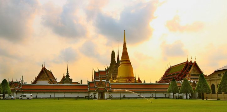 destination-temple_of_the_emerald_buddha
