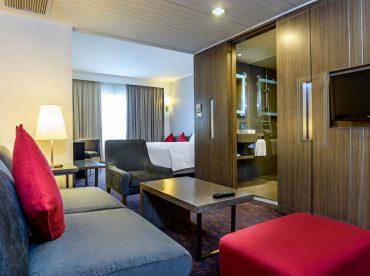 superior-corner-room