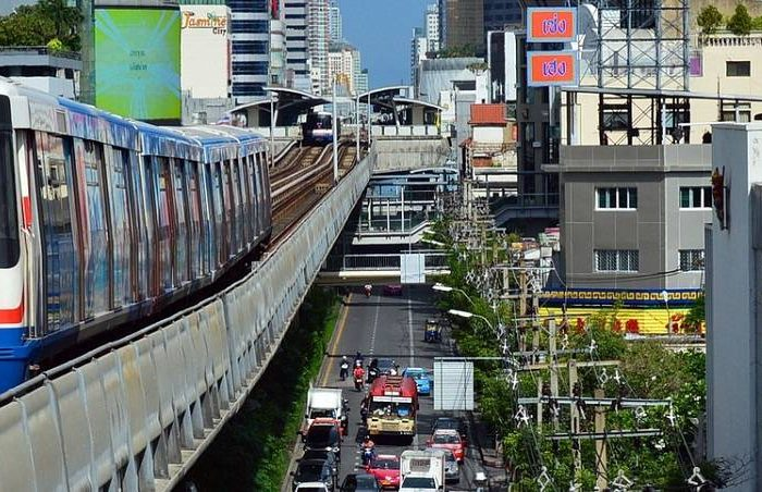hotel-in-bangkok-with-skytrain-access