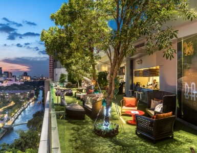rooftop-bar-in-bangkok