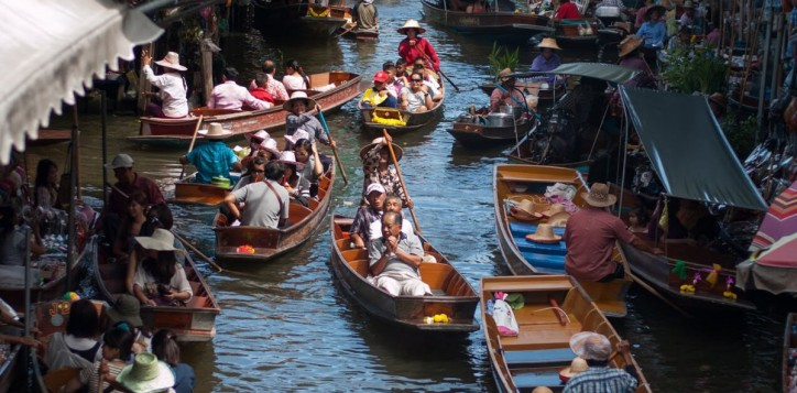 destination-damnoen-saduak-floating-market